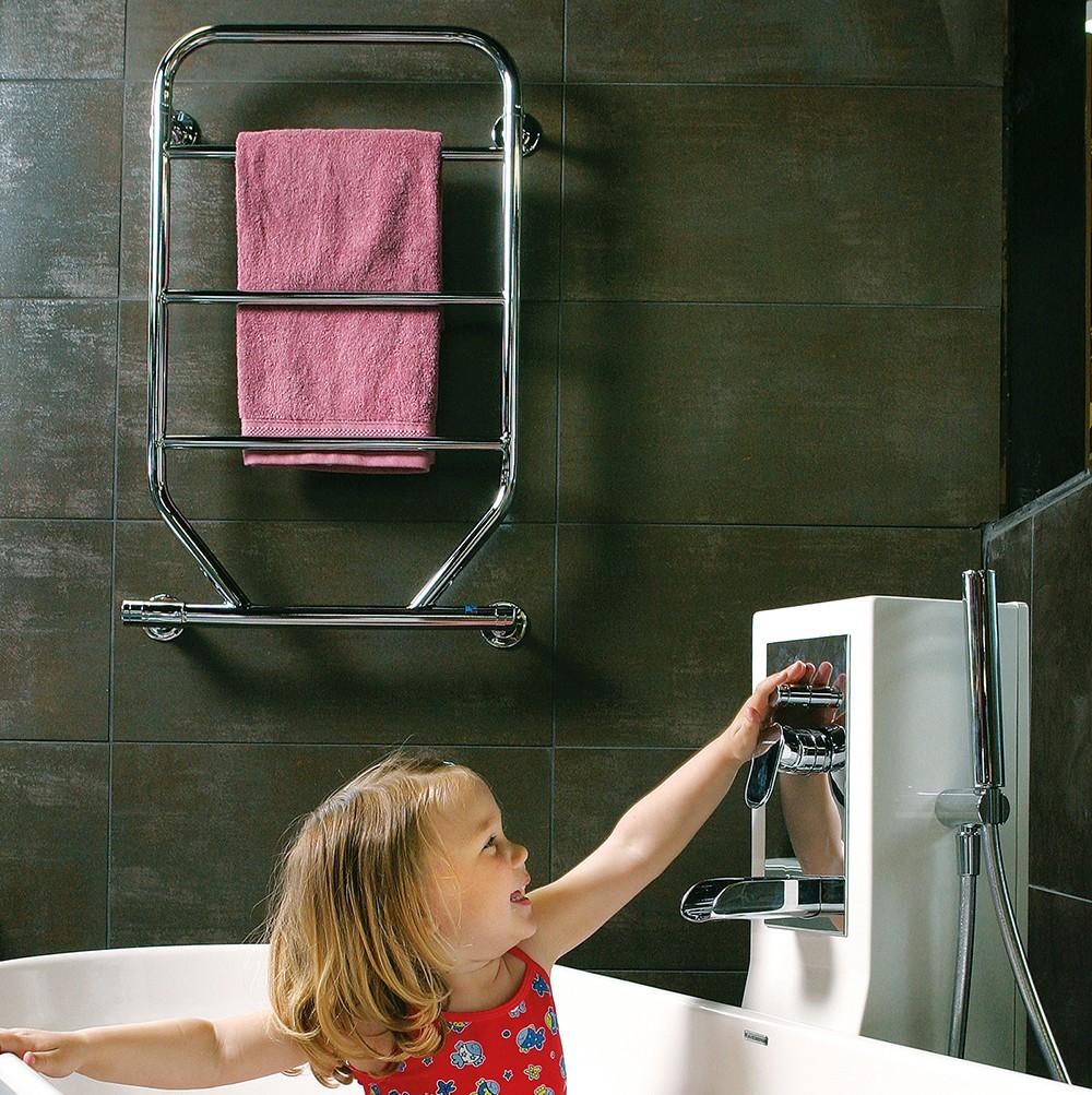 Handdukstork i badrumsmiljö Taserud