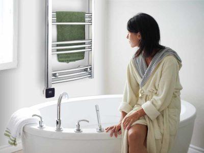 handdukstork i badrumsmiljö